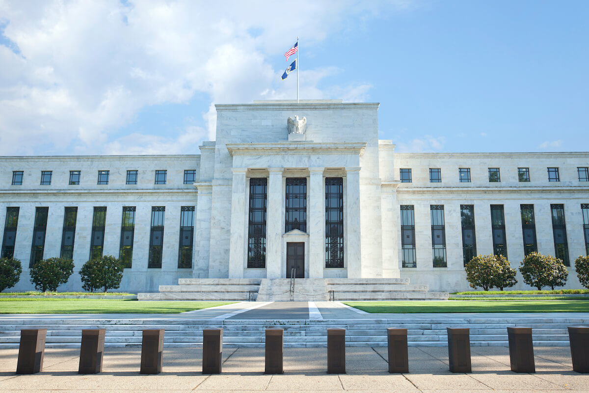 Will the Federal Reserve be able to 'prop up' the economy & the markets?
